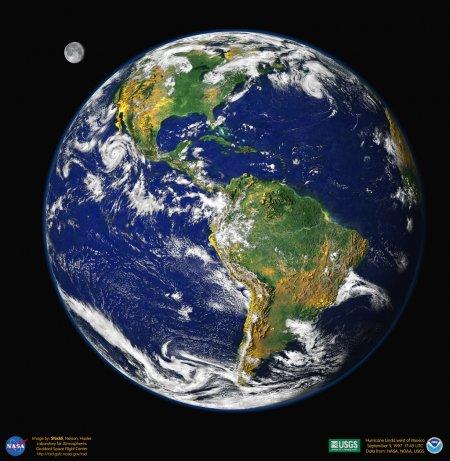 Земля из голубого мрамора